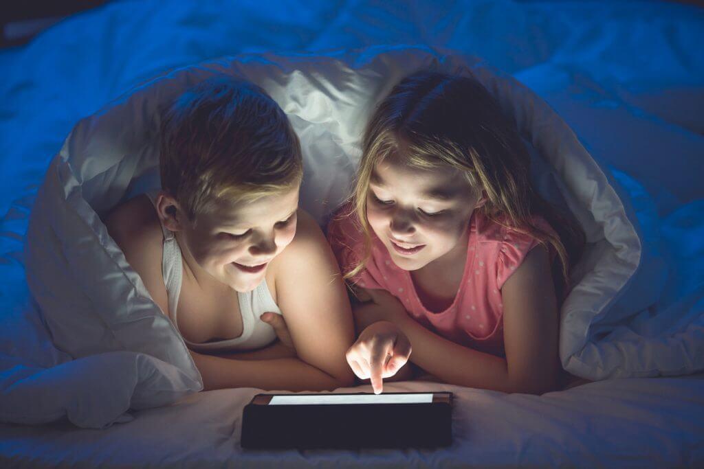 Is blauw licht schadelijk voor het slapen?